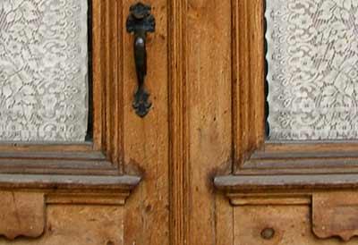 Doorandlace_1