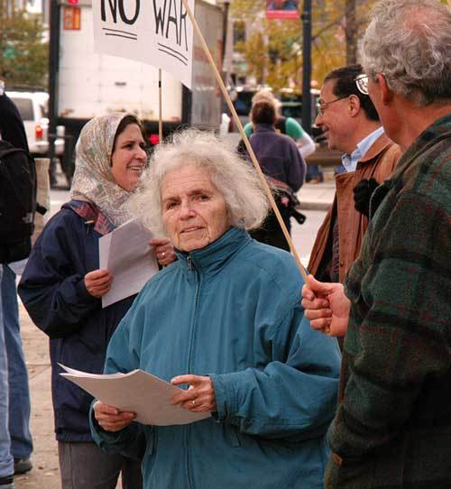 Grace_paley_20021018_067